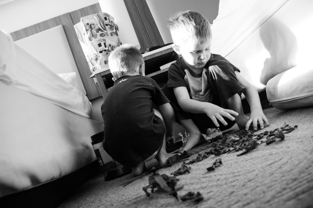 """03.08-Energy enough to play with gifts from our """"uncle eric"""" ... rubber band guns and army men so fun!"""
