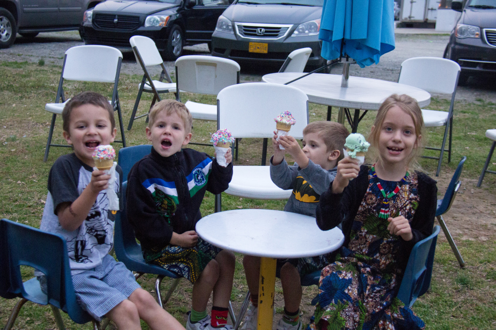 03.22-ice cream date with the cousins!